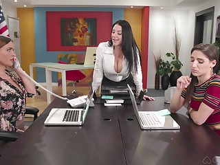 Hardcore anal lesbian threesome with Abella Danger with the addition of two MILF babes