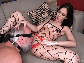 The 18-Year-Old Domme Nikki Fox From Next Way in