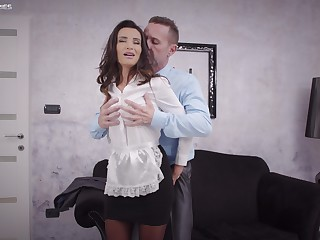 Sweet woman pleases the man of the dwelling approximately save that fuck in his life