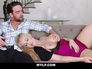 Jaw be slain mommy Ryan Keely gives a blowjob nearby her stepson and gets fucked doggy style